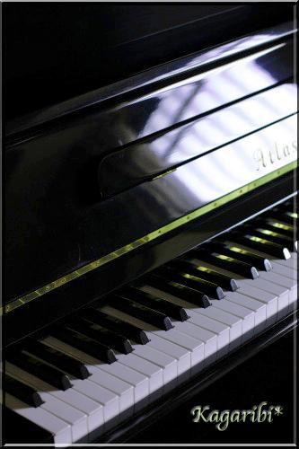 piano2a.jpg