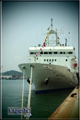 ship4a.jpg